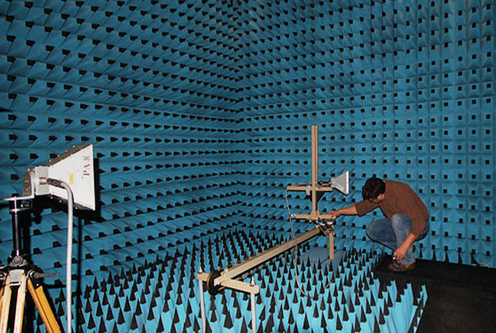 Test de compatibilité électromagnétique CEM